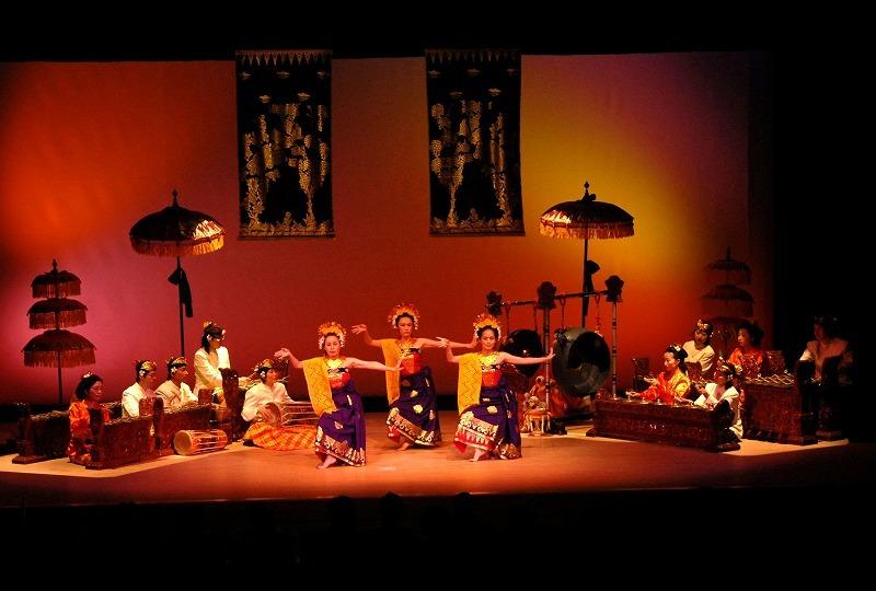 6月1日はバリ舞踊の日_e0017689_23435487.jpg