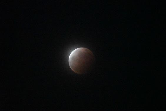 皆既月食_e0410394_21203866.jpg