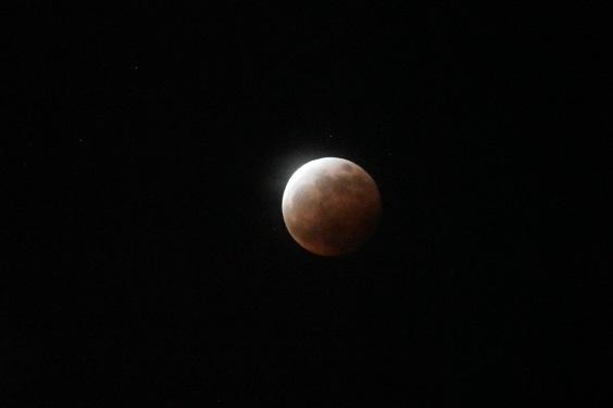 皆既月食_e0410394_21203993.jpg
