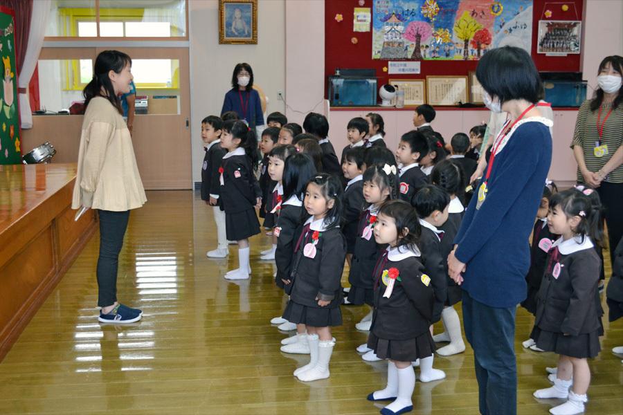 第一幼稚園の「お誕生会」_d0353789_15462613.jpg