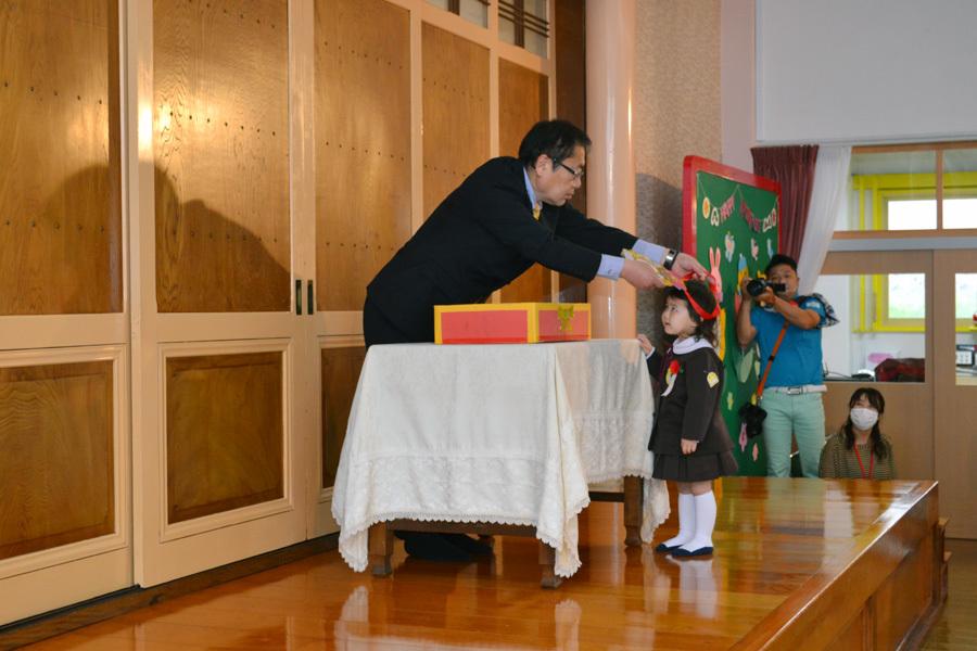 第一幼稚園の「お誕生会」_d0353789_15464269.jpg