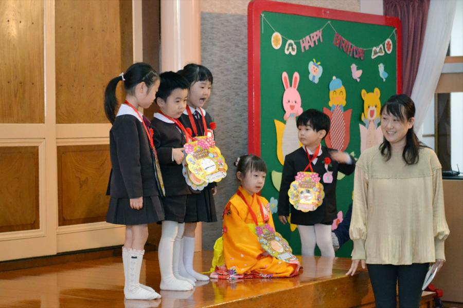 第一幼稚園の「お誕生会」_d0353789_15465124.jpg