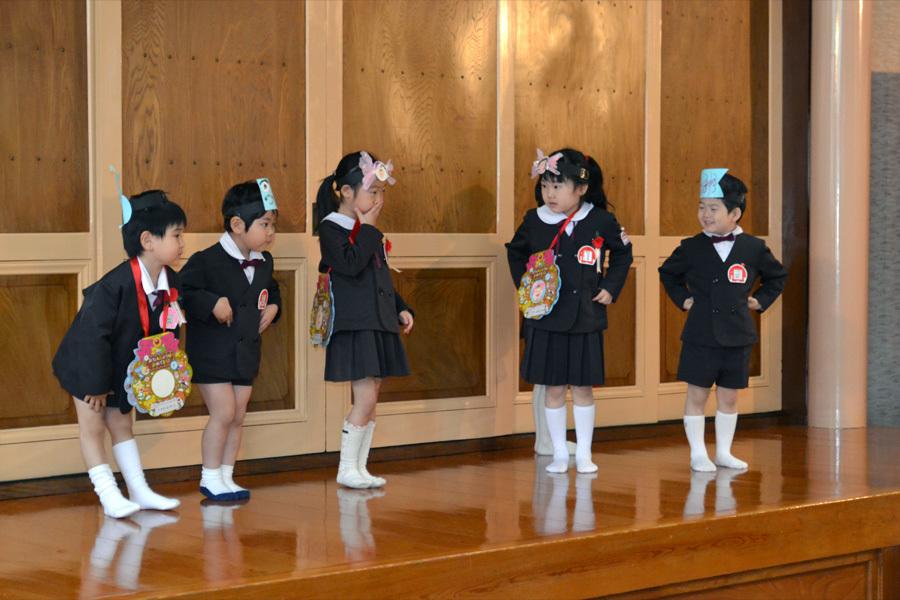 第一幼稚園の「お誕生会」_d0353789_15472579.jpg