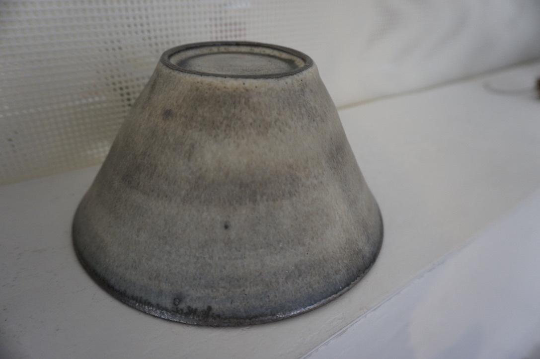 二井内覚さんのマグカップ・台形鉢 届きました_b0132442_18022543.jpeg
