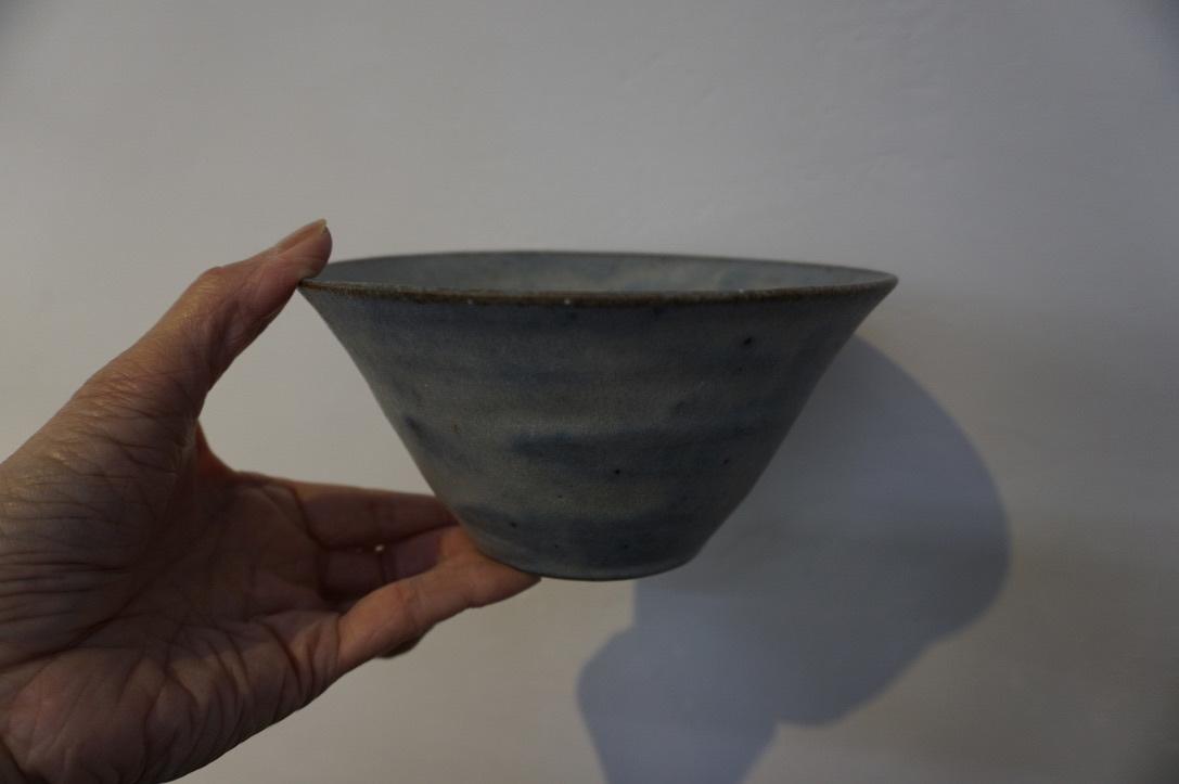 二井内覚さんのマグカップ・台形鉢 届きました_b0132442_18231187.jpeg