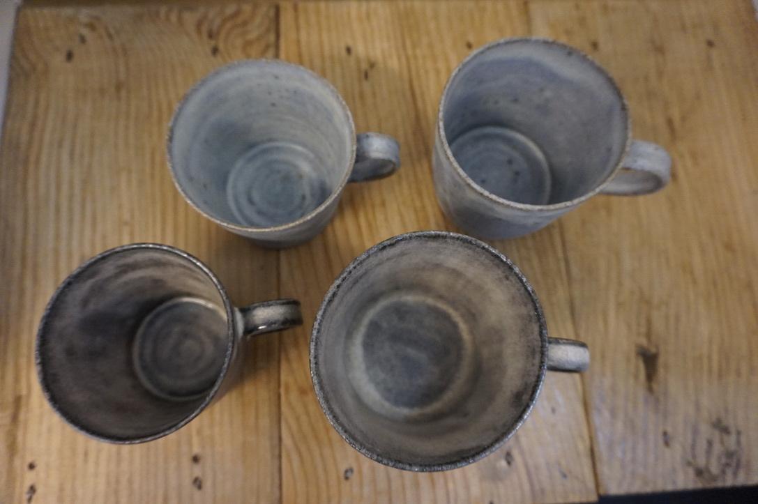 二井内覚さんのマグカップ・台形鉢 届きました_b0132442_18302156.jpeg