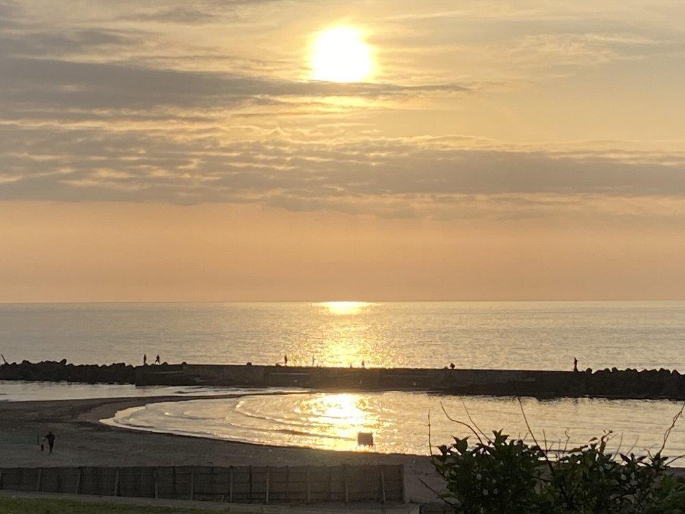 夕日と釣り人!_e0065084_19292793.jpg