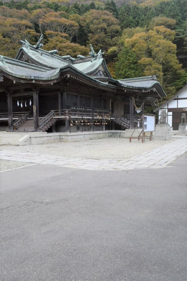 函館市谷地頭町の函館八幡宮(函館の建築再見2021)_f0142606_04315040.jpg