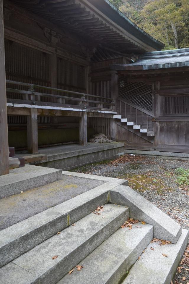 函館市谷地頭町の函館八幡宮(函館の建築再見2021)_f0142606_10401917.jpg