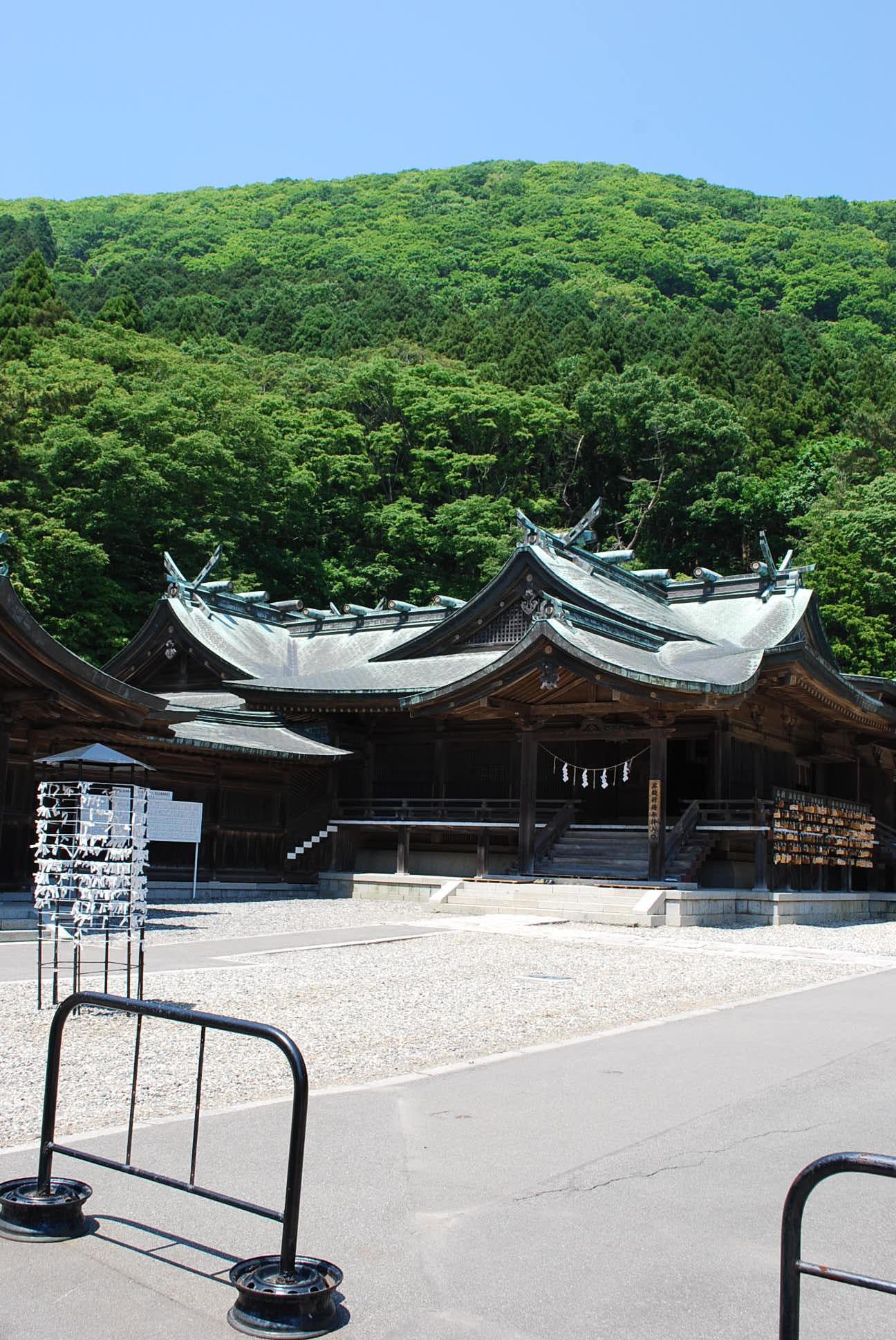 函館市谷地頭町の函館八幡宮(函館の建築再見2021)_f0142606_10571361.jpg