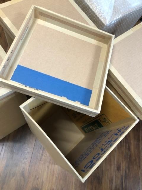 段ボール人間の箱を制作中です。_f0373324_20153224.jpg