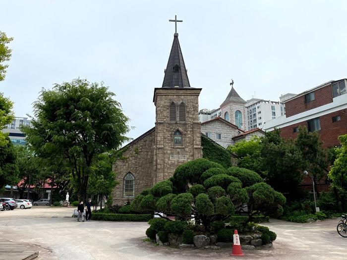 議政府2洞聖堂と駐韓米軍韓国人労働組合_e0160774_21070109.jpg