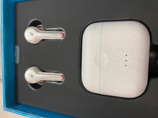 Wireless earphones / ten_d0135801_21200816.jpg