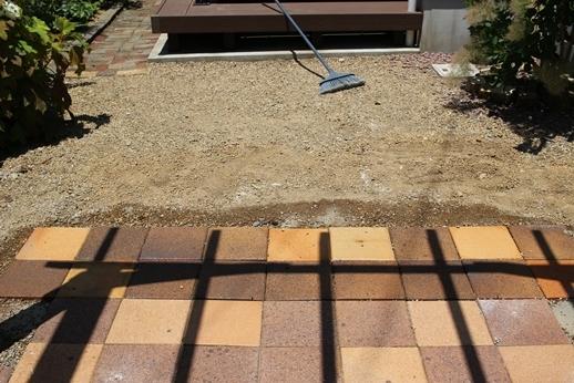 お庭改造計画2021_d0291758_10431214.jpg