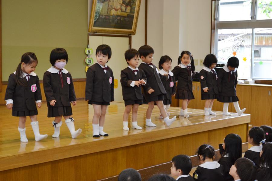 第二幼稚園「お誕生会」_d0353789_11232146.jpg