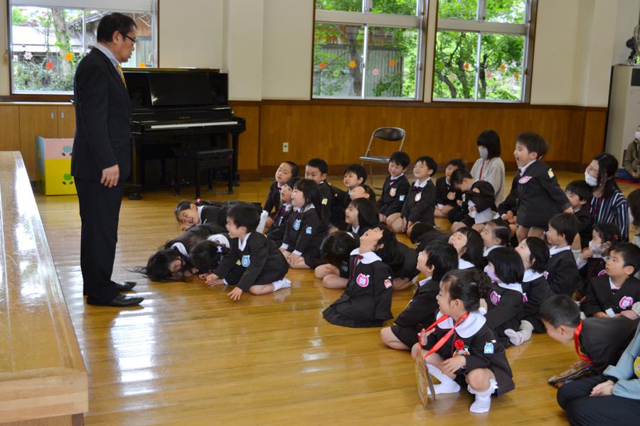 第二幼稚園「お誕生会」_d0353789_11233608.jpg