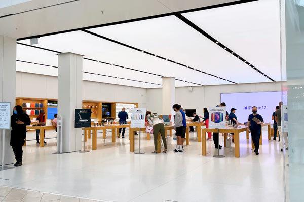 apple store*_c0395907_13062181.jpg