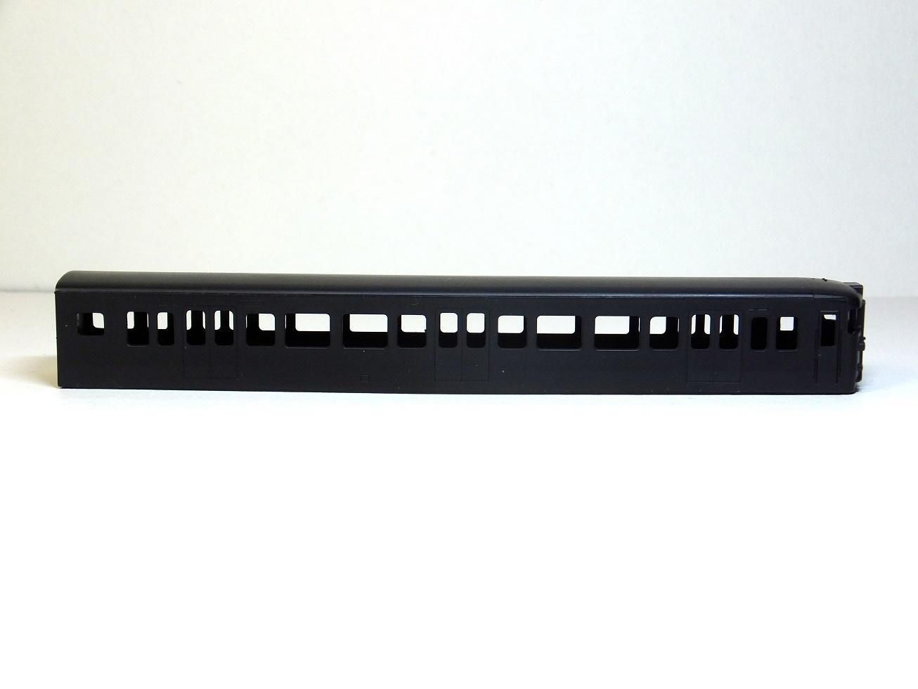 115系 クハ115-600 一体成型ボディキット_b0406338_01472600.jpg