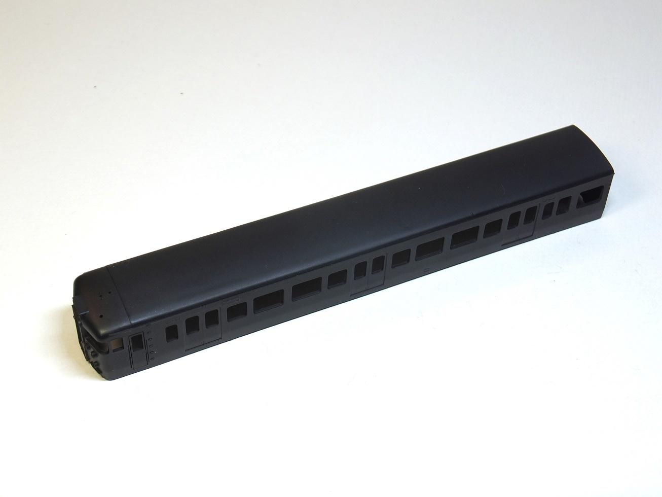115系 クハ115-600 一体成型ボディキット_b0406338_01472690.jpg