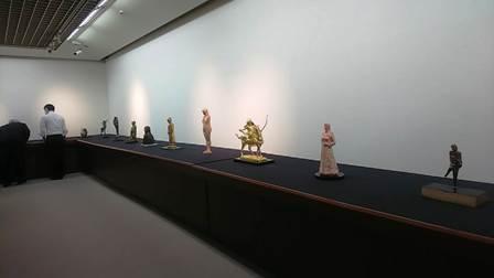 作業日誌(「50周年事業 日本彫刻会選抜展 -掌中の美-」作品搬入展示作業)_c0251346_16003915.jpg