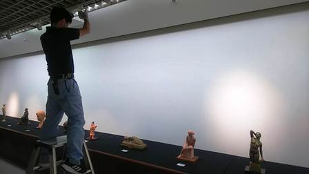 作業日誌(「50周年事業 日本彫刻会選抜展 -掌中の美-」作品搬入展示作業)_c0251346_16005469.jpg