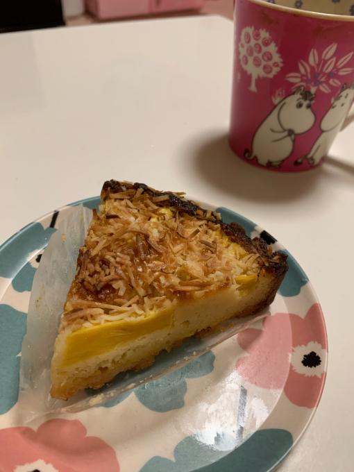 ホホホ座コウガメさんのお菓子 タルト、ケーキ編_a0388520_10400104.jpg