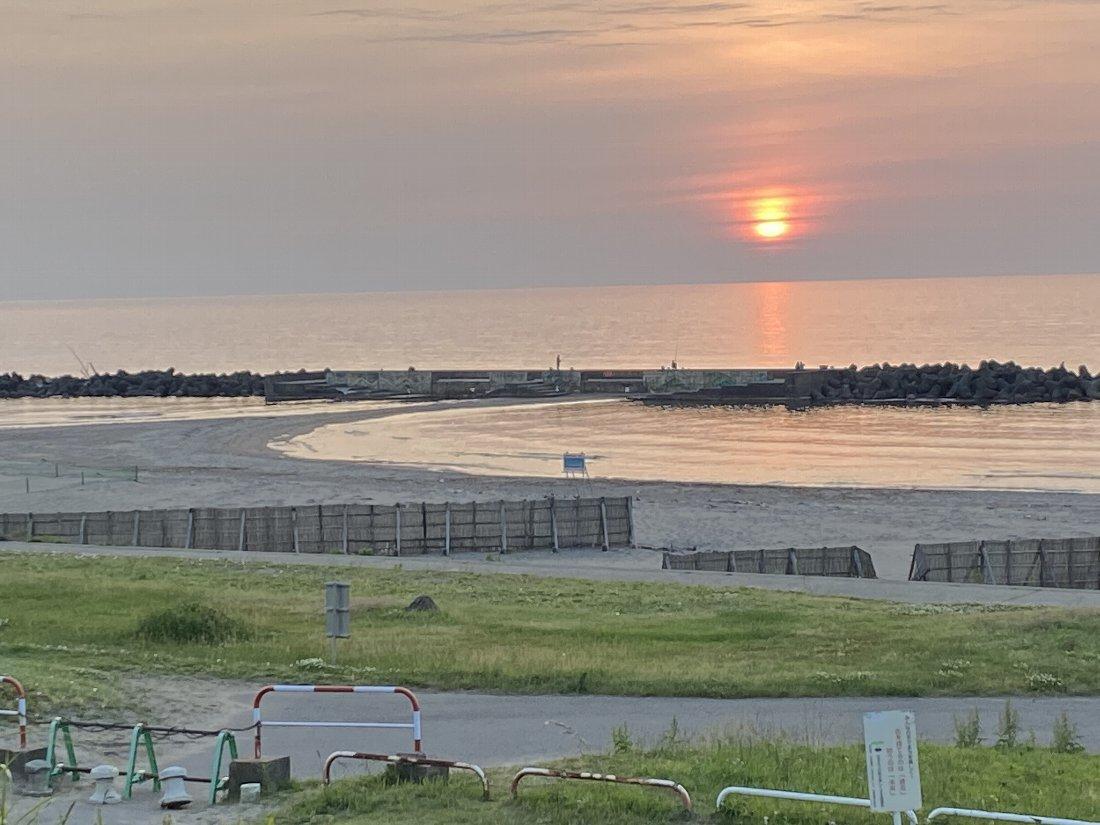 夕日と釣り!_e0065084_23063109.jpg