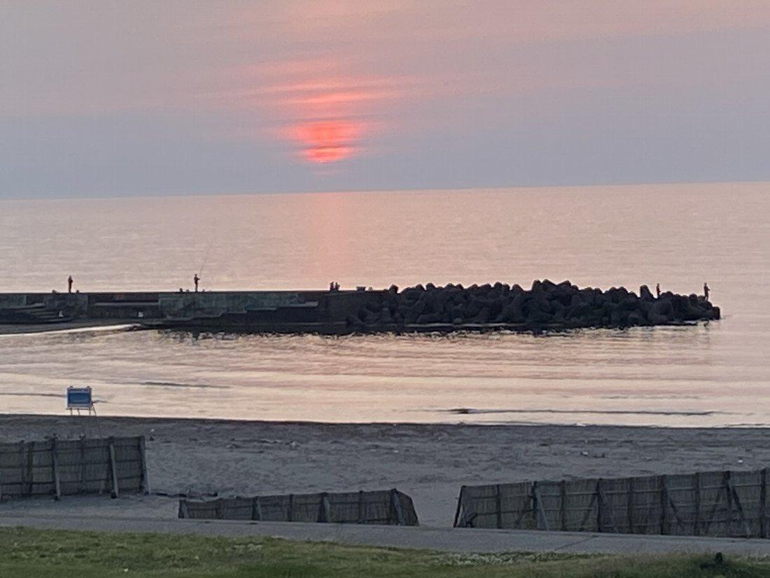 夕日と釣り!_e0065084_23070279.jpg