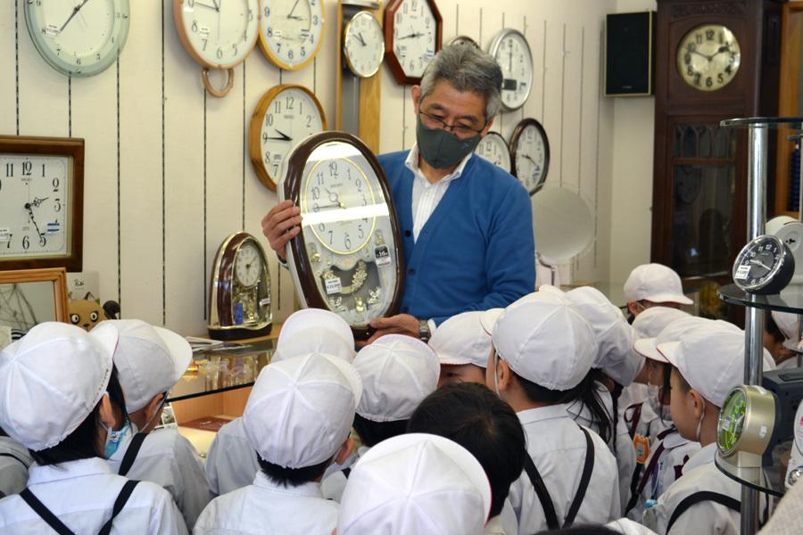 時計屋さん見学に行ってきました。_d0353789_09290984.jpg