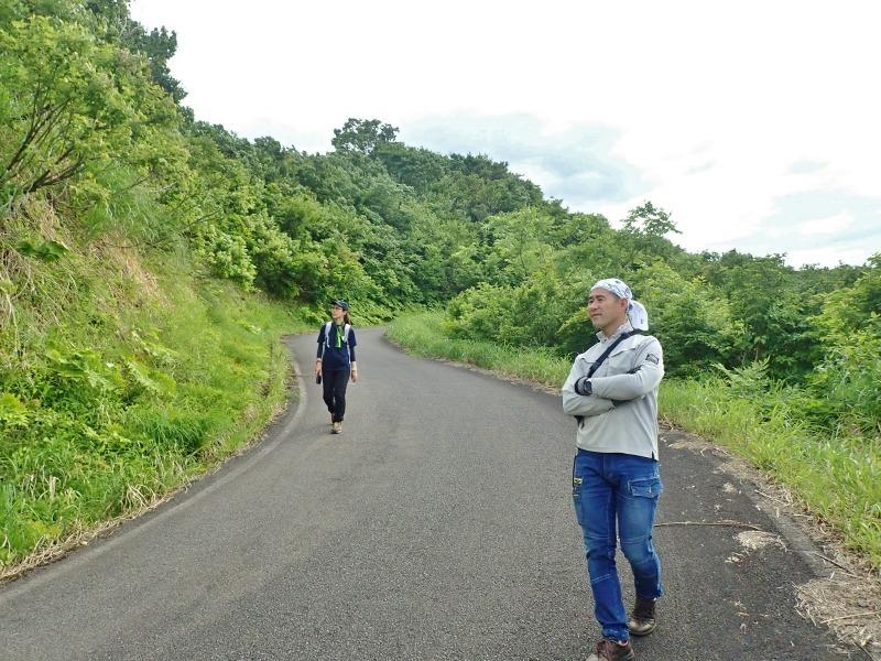 浦佐の西山へ二つの城跡を巡るコースへ_c0336902_21481192.jpg