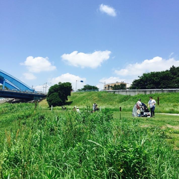 多摩川で朝ごはん_f0054260_10121728.jpg