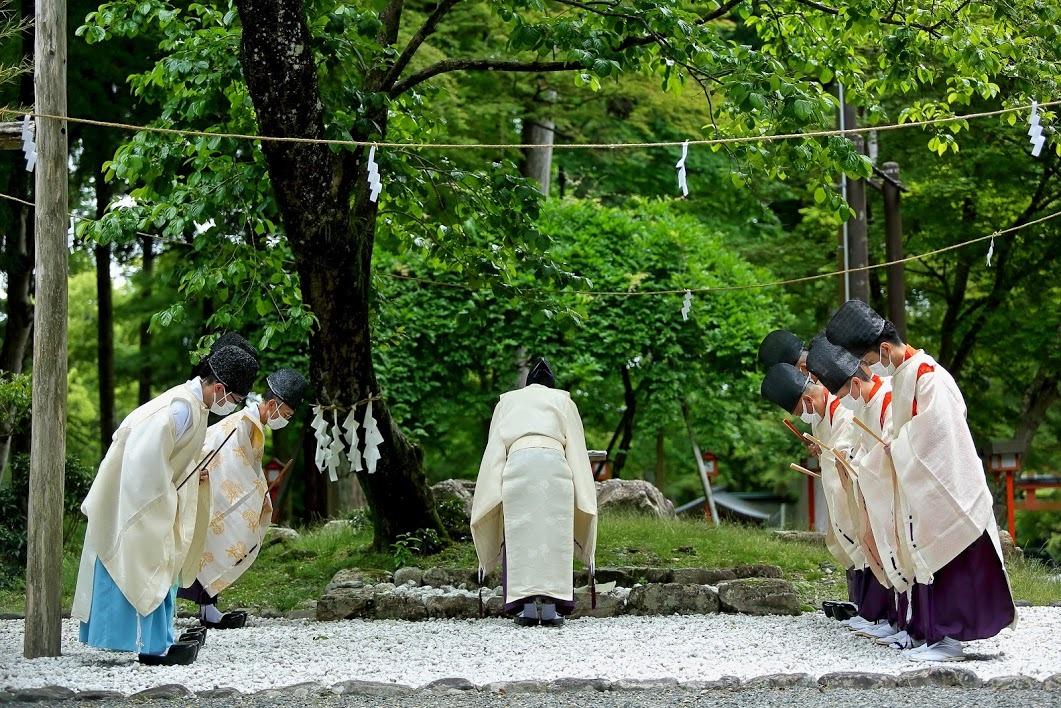 日吉大社 西本宮 庖丁まつり_c0196076_08330800.jpg