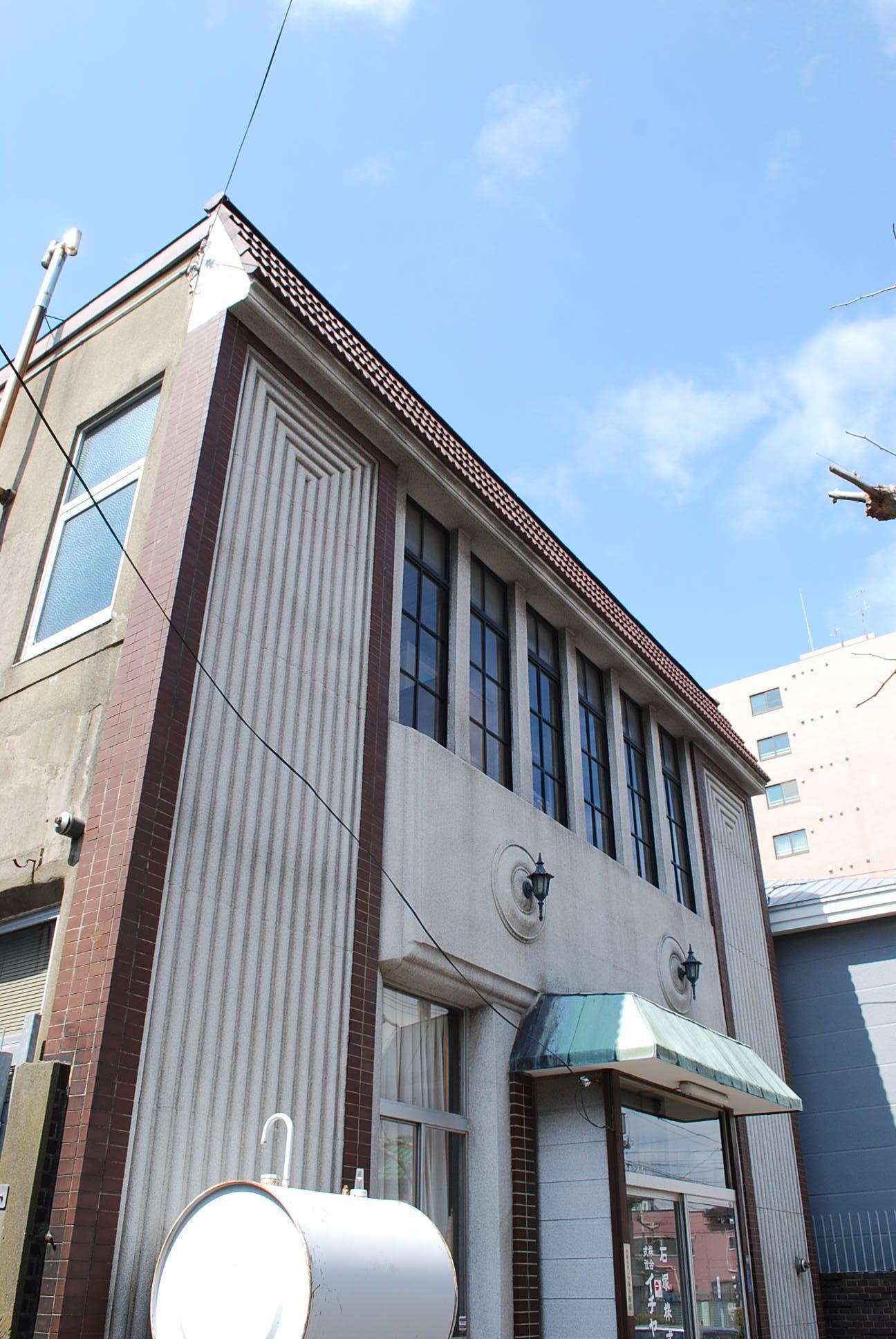 函館市末広町のイチヤマ商店(建築家・関根要太郎作品研究2021)_f0142606_19252466.jpg