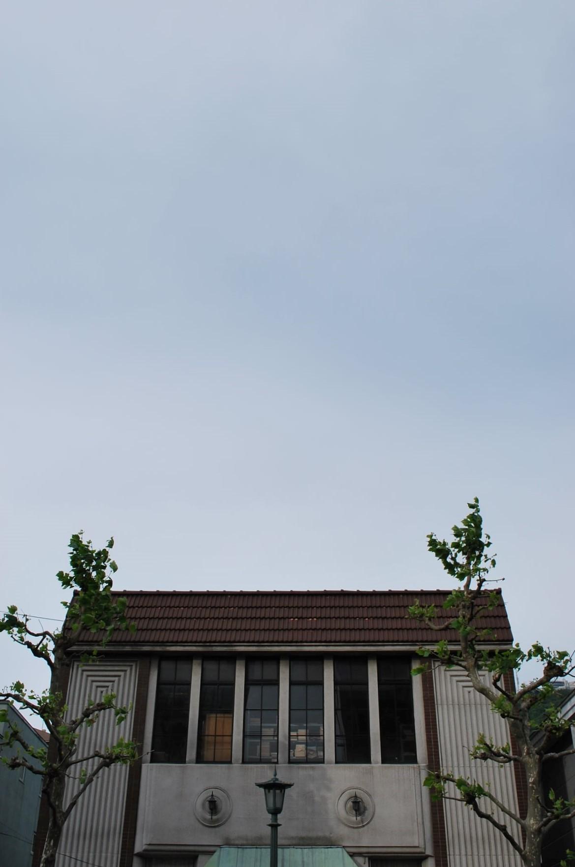 函館市末広町のイチヤマ商店(建築家・関根要太郎作品研究2021)_f0142606_22045734.jpg
