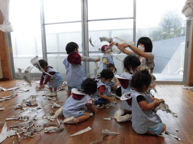 雨でも楽しい幼稚園_a0382671_10512513.jpg
