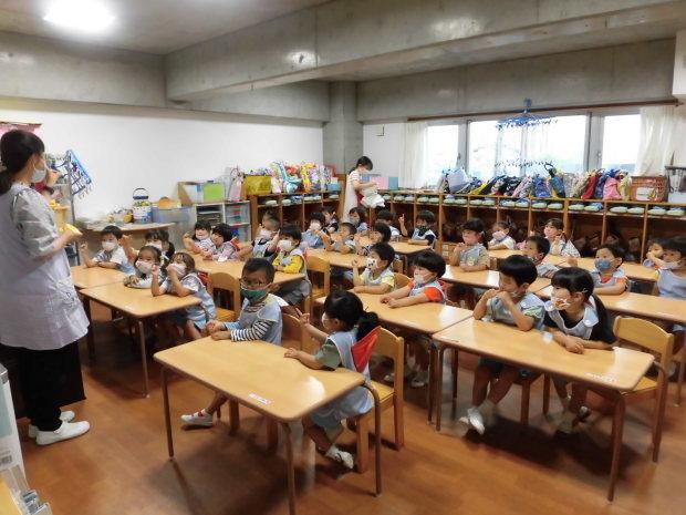 雨でも楽しい幼稚園_a0382671_10513525.jpg