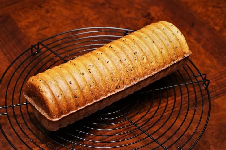 ラウンド型のパン_d0150287_19314399.jpg