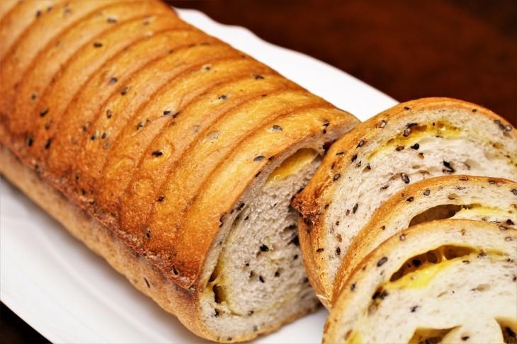 ラウンド型のパン_d0150287_19463019.jpg