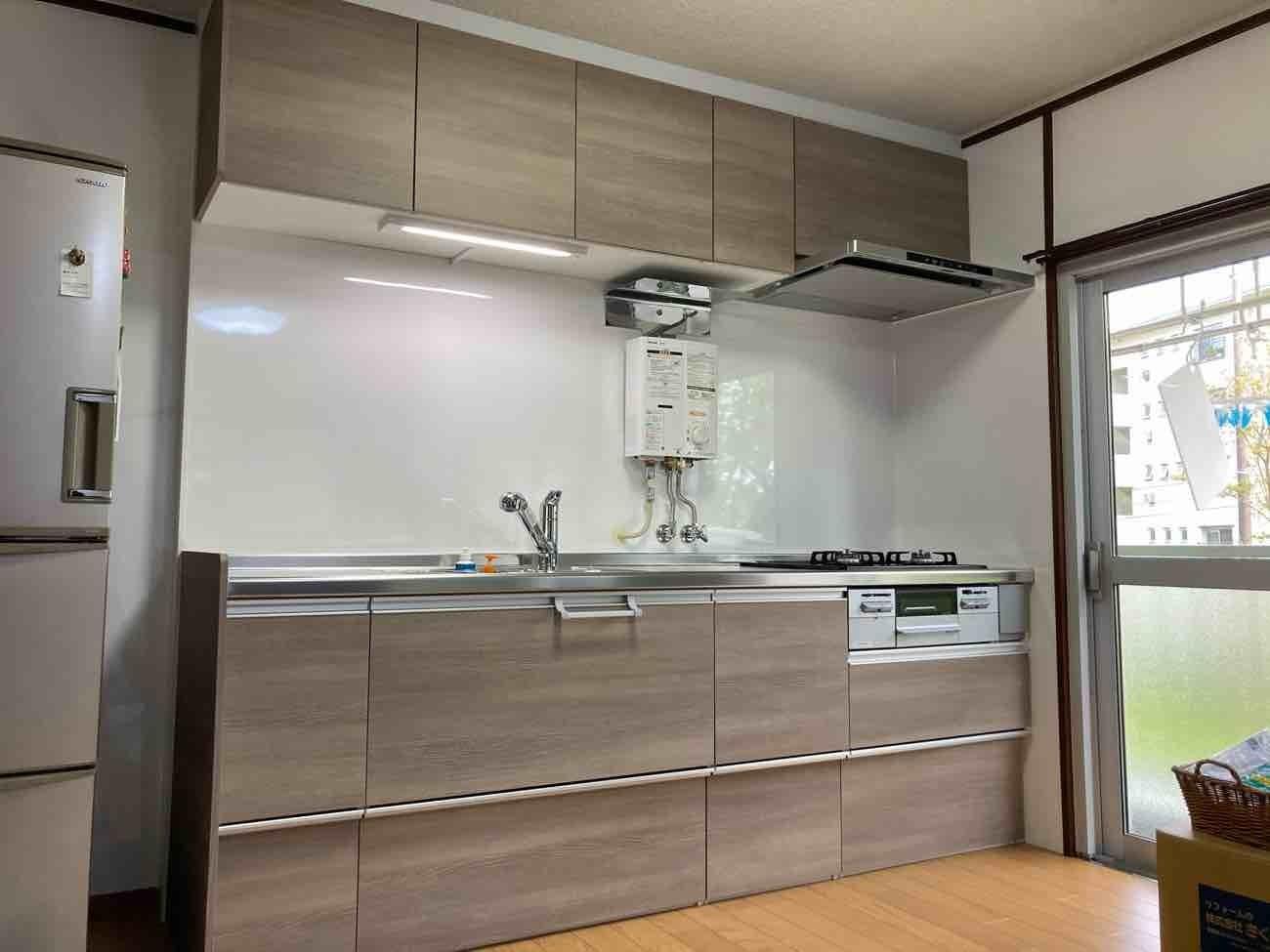 キッチン改装工事_e0190287_18340436.jpg