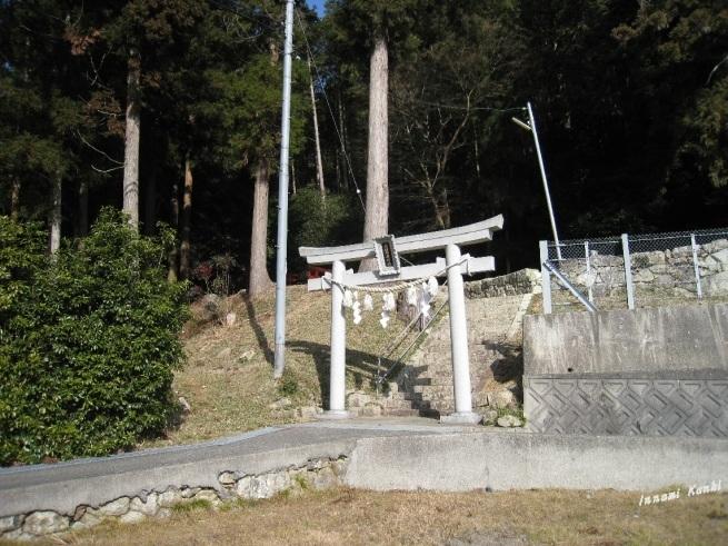 稲荷神社(西脇市黒田庄町船町)_d0287413_11171760.jpg