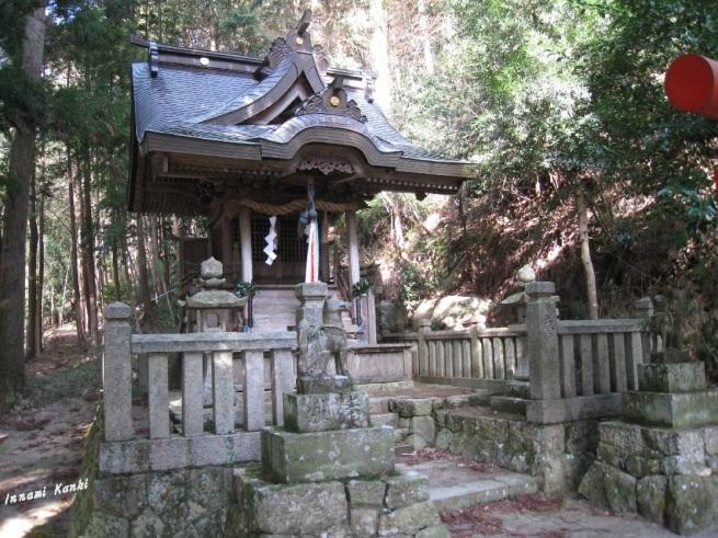 稲荷神社(西脇市黒田庄町船町)_d0287413_11180264.jpg