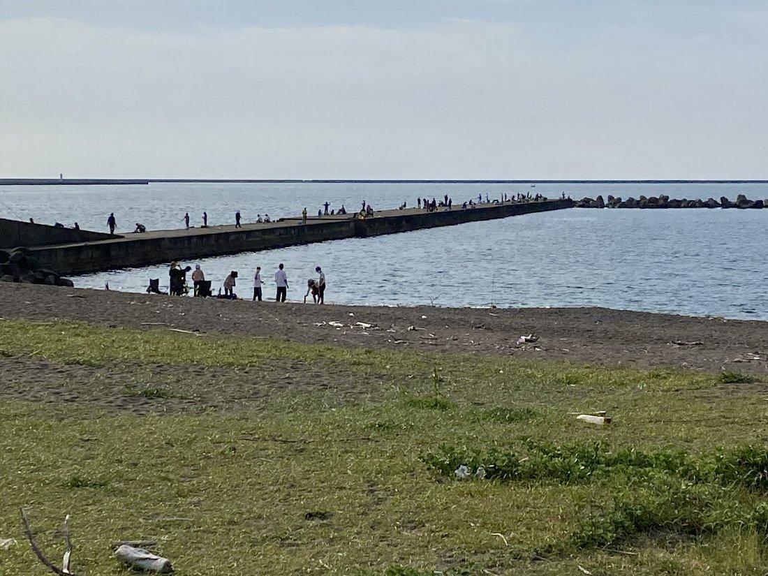 直江津えびす浜の釣り場の様子!_e0065084_18303519.jpg