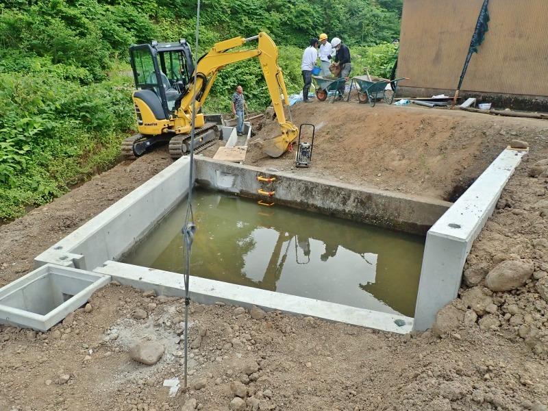 """「多面」では水路の\""""土砂溜め池\""""の設置工事が進んでいます_c0336902_20025126.jpg"""