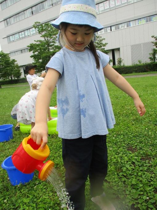 水遊びスタート!!_d0148342_16071059.jpg