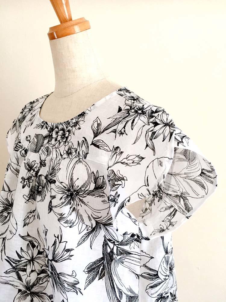 花柄リネンのチューリップ袖ブラウス_a0232169_20465107.jpg