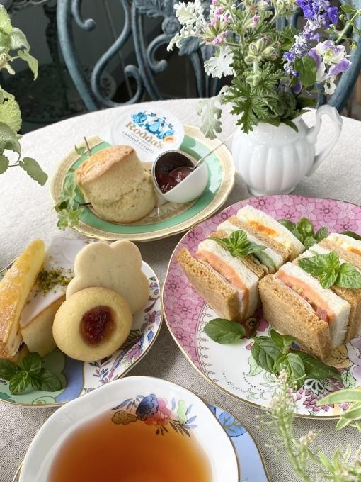 Cha Tea英国菓子セットでアフタヌーンティー_c0188784_18310580.jpeg