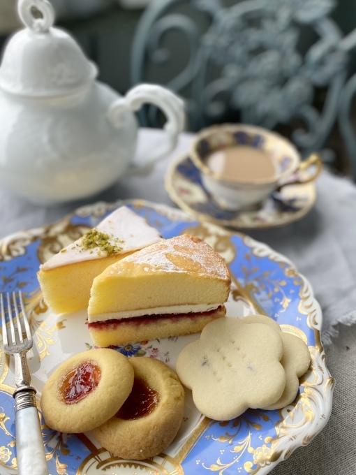Cha Tea英国菓子セットでアフタヌーンティー_c0188784_19121109.jpeg