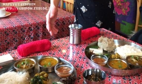 【世界の朝ごはん】インドのお粥(米と豆のお粥)キチュリのレシピとネパールのそばがき「ディロ」のお話。_e0192461_09512043.jpg