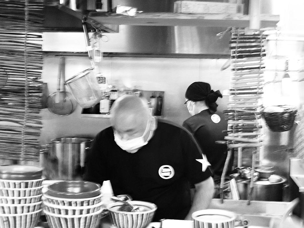 三方原町「時代麺房 ライオン」で「秘密のケンミンショー」取材_e0220163_15264003.jpg