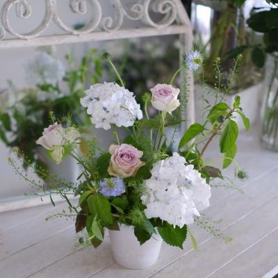 オークリーフ花の教室(山本さんと岡岸さんの作品)_f0049672_17545639.jpg